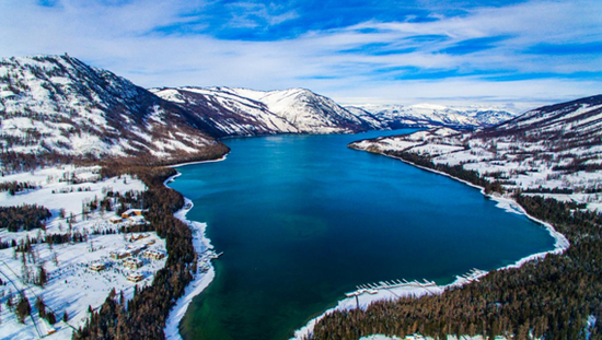 新疆阿勒泰发展冰雪旅游 打造国家冰雪产业新高地