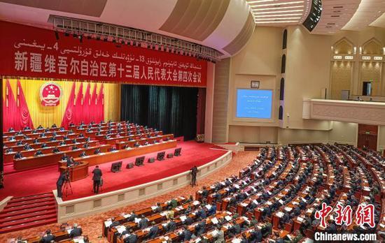 """新疆两会聚焦乡村学前教育 """"软硬件""""设施同步提升"""