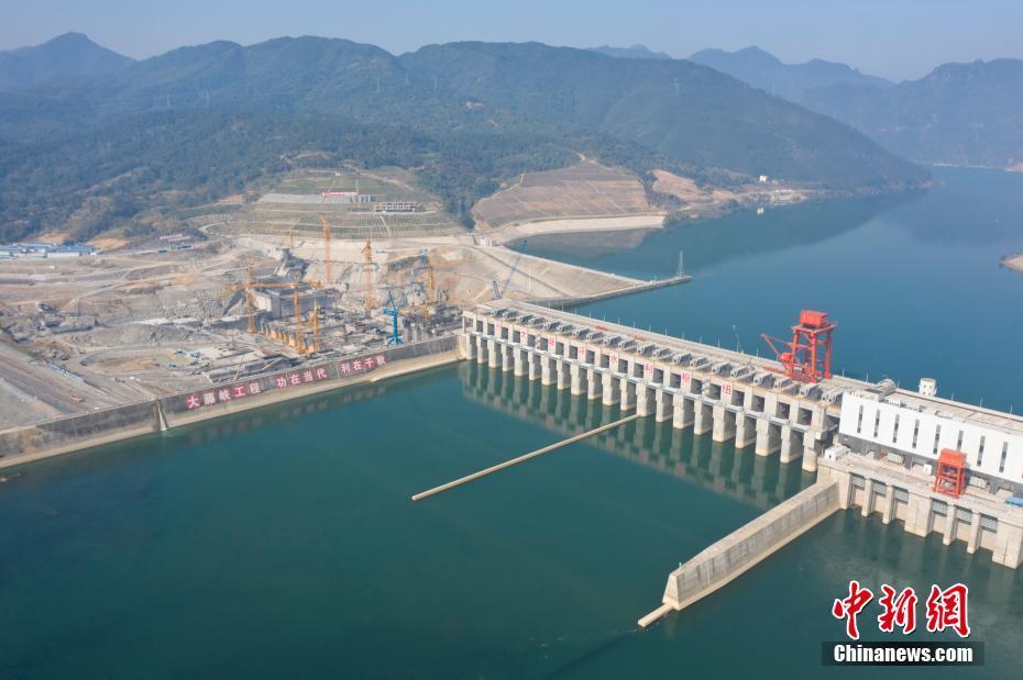 广西大藤峡水利枢纽春节建设不停工