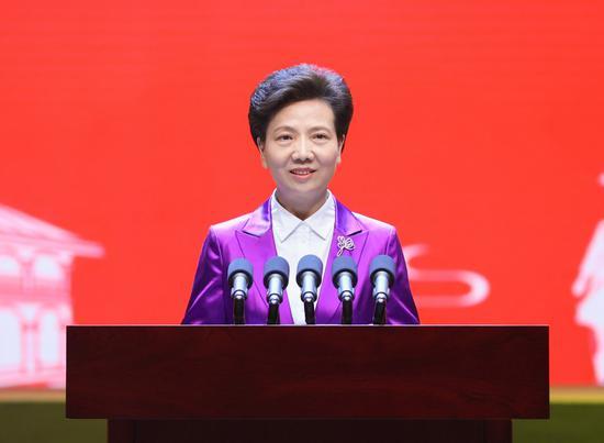 省委书记、省人大常委会主任谌贻琴致辞。杜朋城 摄