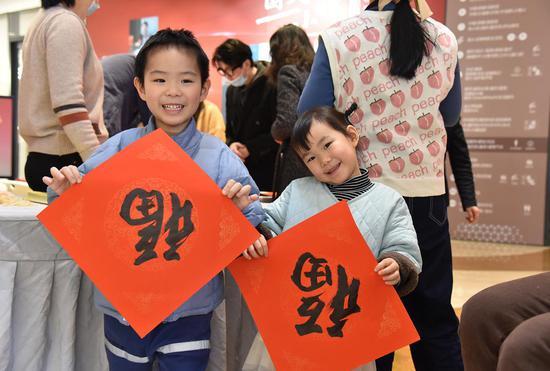 市民参与春节活动。下城区 供图