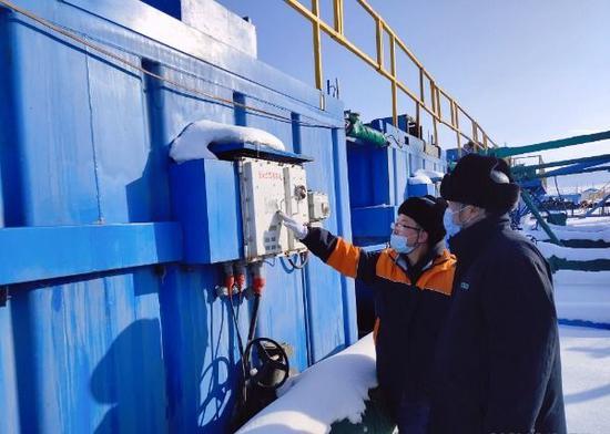 国网阜康市供电公司:清洁电能赋能钻井平台