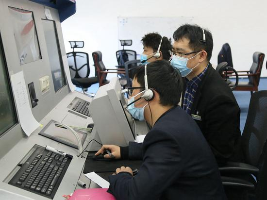 新疆空管局空管中心区域管制中心开展2021年度管制复训工作
