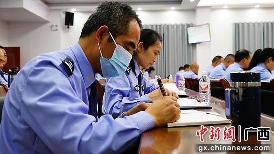 贺州八步公安分局举办党史学习教育专题讲座