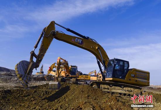 新疆乌鲁木齐:重点建设项目陆续开复工