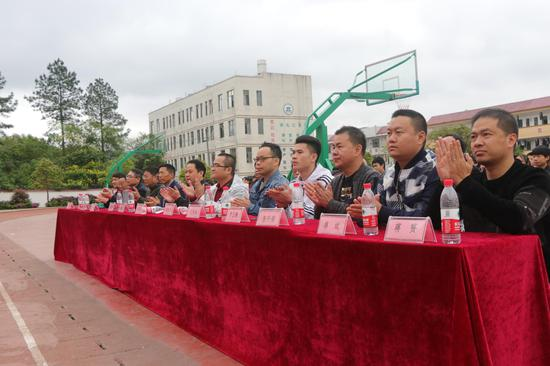 桂林全州大西江镇企业家六年公益助学风雨无阻