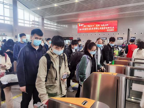 浙江缙云西站:清明假期创疫情以来单日发送