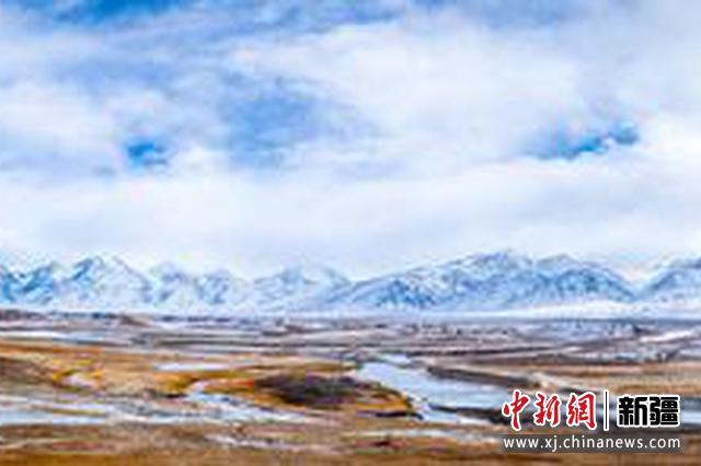 走进新疆木吉边境派出所移民管理警察:雪域高原的守护者