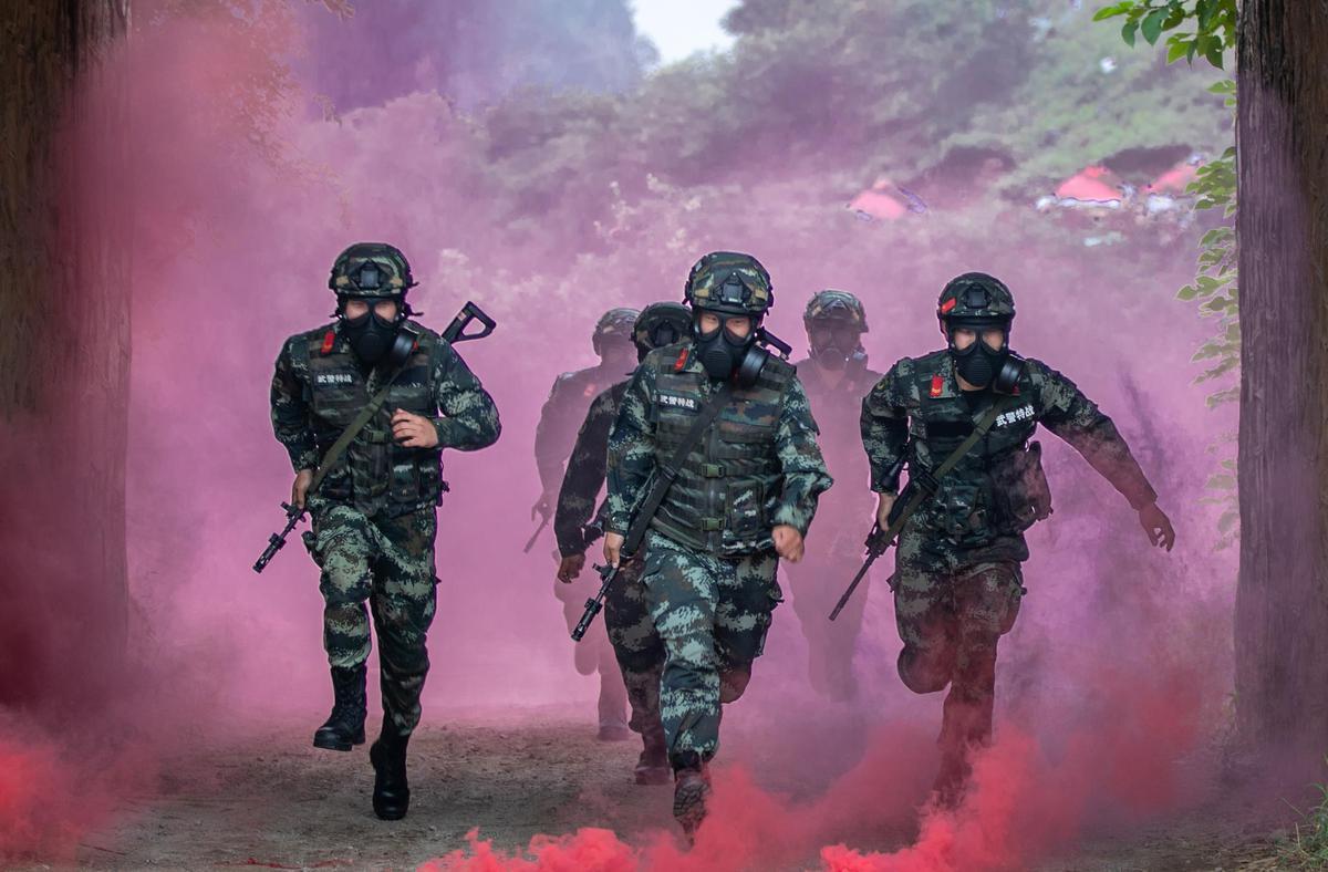 广西贵港:武警官兵实战化训练锻造过硬本领