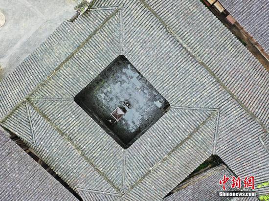 探中国历史文化名村云舍村