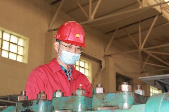 """新疆油田基层单位""""属地办理+"""" 让效益与员工责任心""""随时在线"""""""
