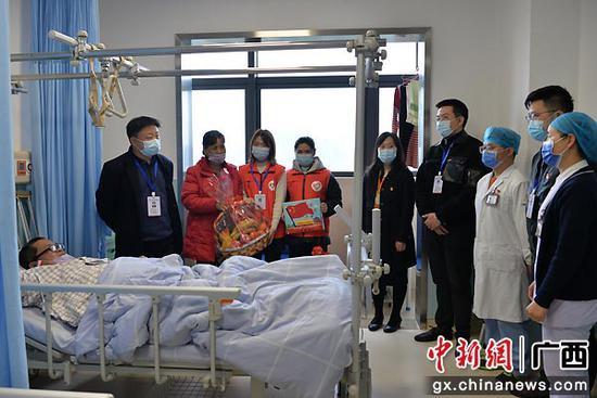 广西国际壮医医院致力扶贫助困着眼乡村振兴