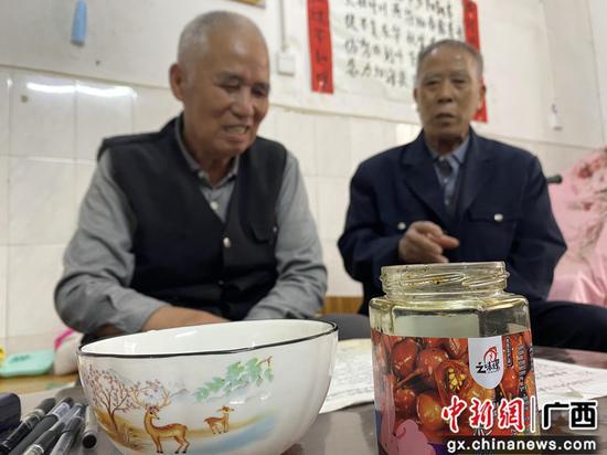 """广西柳江土博镇五彩椒""""元老""""讲述五彩椒起源"""