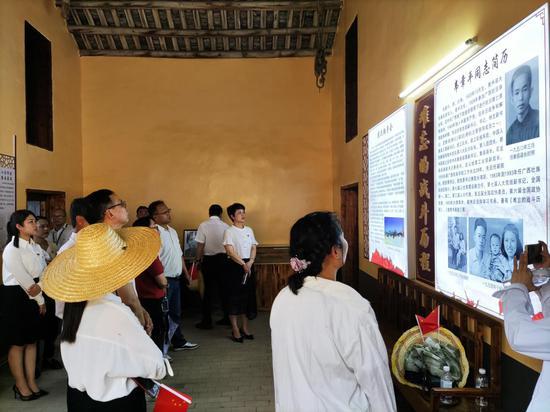 象州县经贸局联合企业党支部开展党史学习教育践学活动