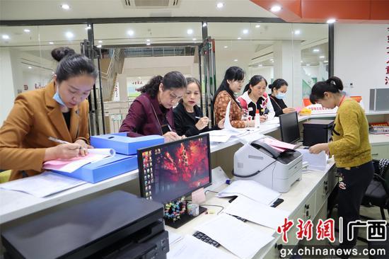 横县开展公益培训让群众在家门口享受优质文化服务