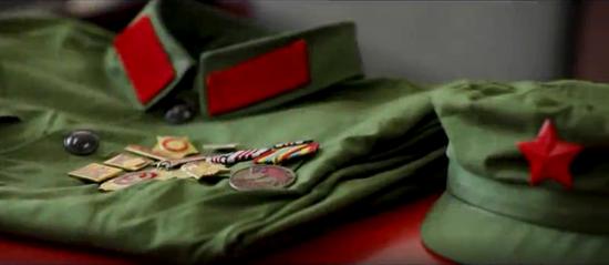 阿克苏好地方•人文篇——《退伍老兵的红色收藏 》