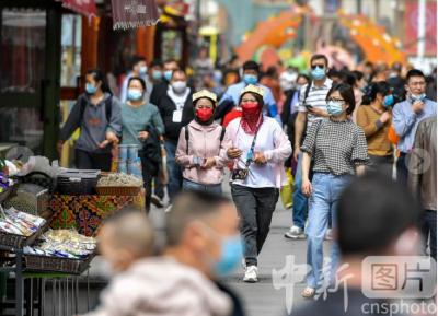 探訪新疆國際大巴扎:旅游爆發期到來