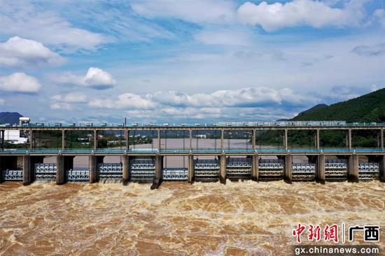珠江上游融江浮石水電站泄洪度汛