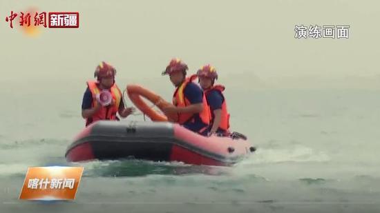 莎車縣消防救援大隊開展水域救援拉動演練