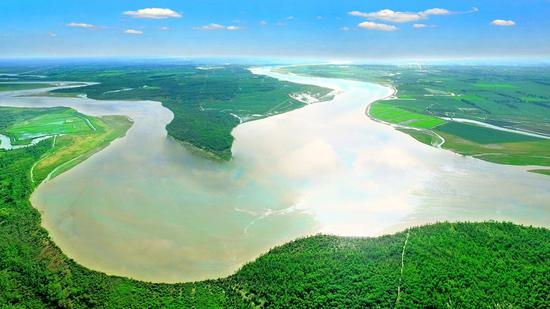 十六团塔河源四季美景如画