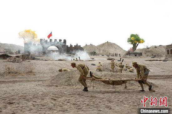 7月6日,大型紅色文化實景劇《三五九旅是模范》在新疆兵團第一師阿拉爾市首演?!±钐摇z