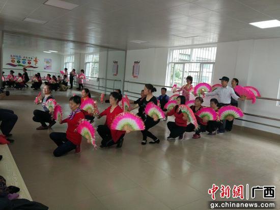 柳州柳江区拉堡镇养老新模式亮相:存时间 换服务