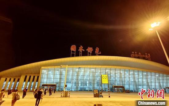 2018年投入使用的唐王城機場,航線逐步增多,今年7月17日起再增班次?!∈酚窠?攝