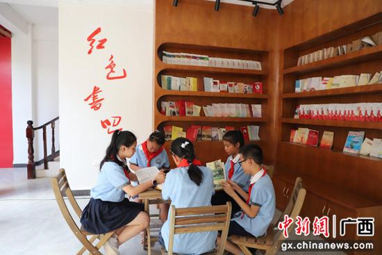 广西荔浦市组织学生暑假走进红色课堂