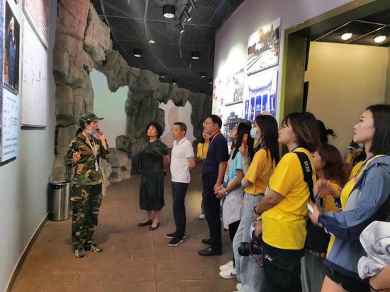 在中国华侨国际文化交流基地现场教学   黔西南州委统战部供图