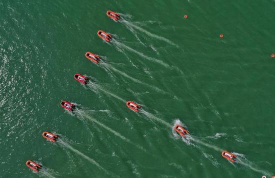 贵州消防救援总队举行水域救援汇报演练
