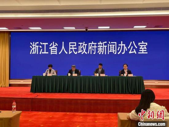 """浙江推进杭甬唱好""""双城记"""":到2025年GDP达4."""