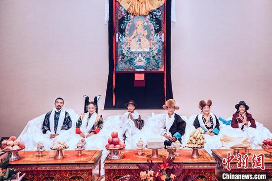 在时尚与传统间展翅成蝶——访西藏本土彩妆品牌创始人德吉卓玛