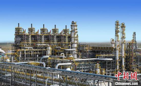独山子石化塔里木乙烷制乙烯项目60万吨/年乙烯装置。 王云 摄