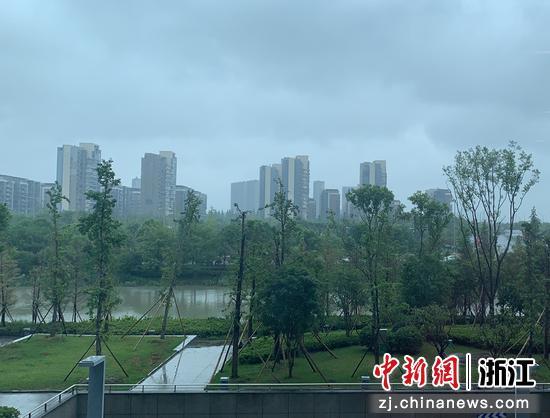 宁波天气。  林波 摄