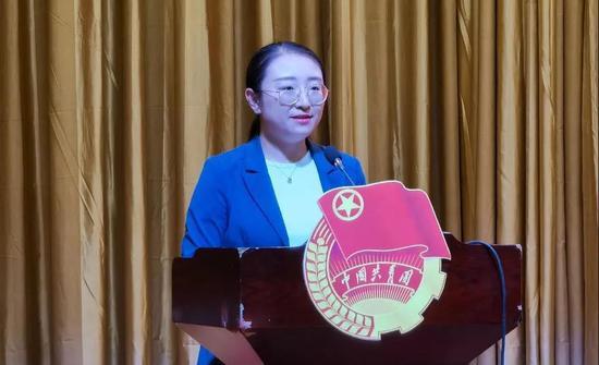 永寧縣團委書記張惠作交流發言。