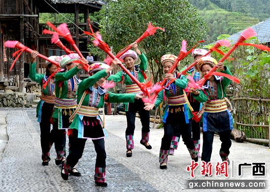 桂林灵川县九屋镇新农村文化建设结硕果