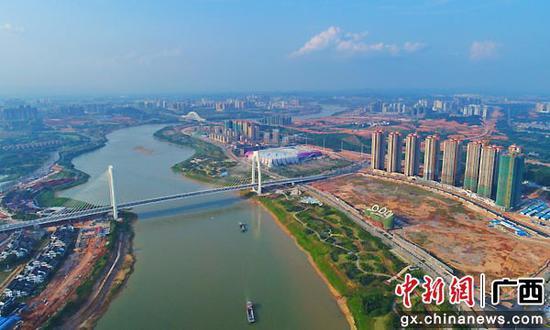 南宁邕宁区政企对话会畅谈城区建设 谋高质量发展