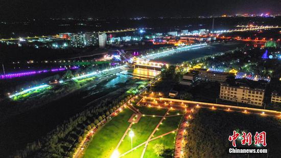 新疆博湖:中秋月夜璀璨如画