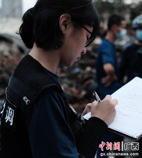 最美消防人张晓莉:在废墟中寻找蛛丝马迹
