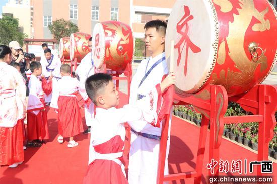 广西柳江:红色传奇启智慧 家教家风润童心