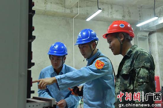 崇左供电公司加强线路设备巡视维护 守护景区供电