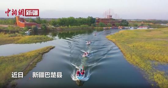 巴楚红海水上公园已成南疆三地州最大水上乐园