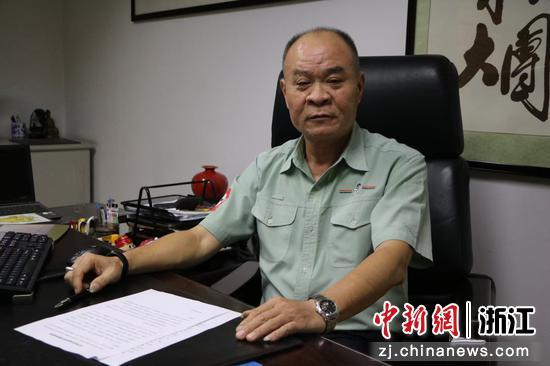 旺旺集团杭州基地总厂长林焰火。 兰舒 摄