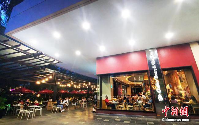 马尼拉CBD绿带商圈国际美食街全面恢复