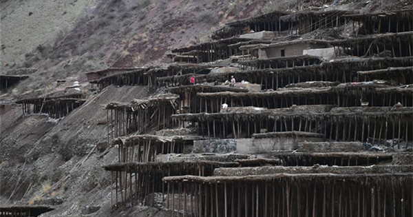 Ancient technique of salt production well-preserved in Mangkam County, Tibet